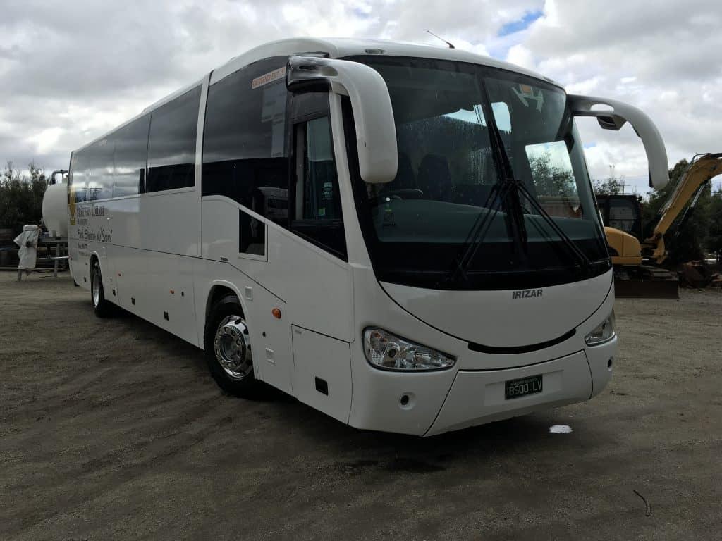 Smash repairs trucks buses trailers at nota motors hallam for Electric motor repairs melbourne